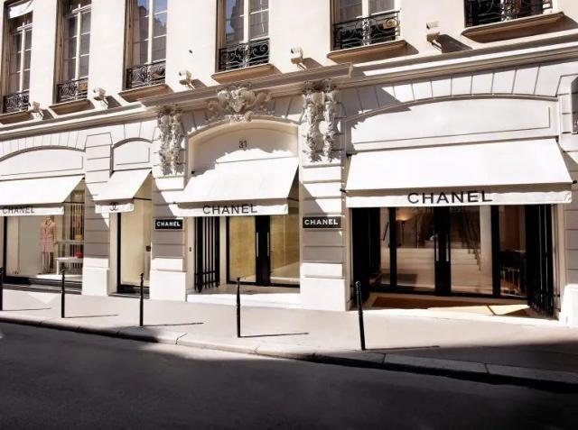 香奈儿宣布停产,奢侈品牌相继停产