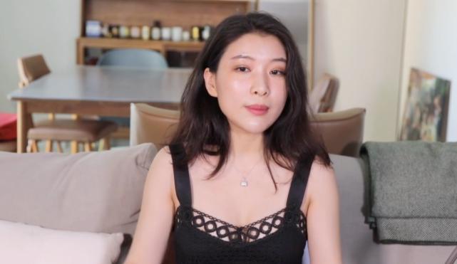 名气作者谈论李小璐  就喜欢吃嫩笋 惊呆众人