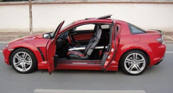 马自达RX—8速度与实用性并存,经典不会被遗忘