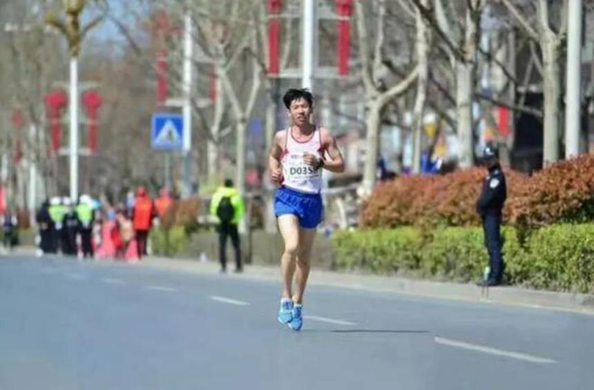 疫情下马拉松活动员长胖15斤,因非常赛而掉去支出来源