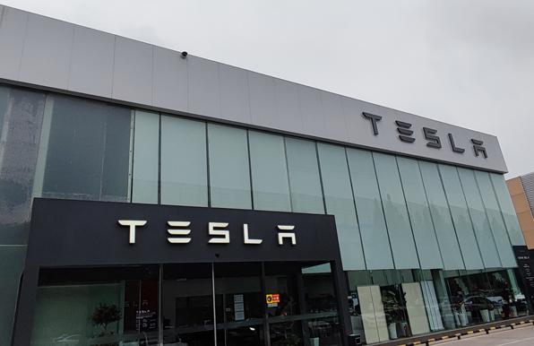 特斯拉或将亿纬锂能纳入上海工厂供应链