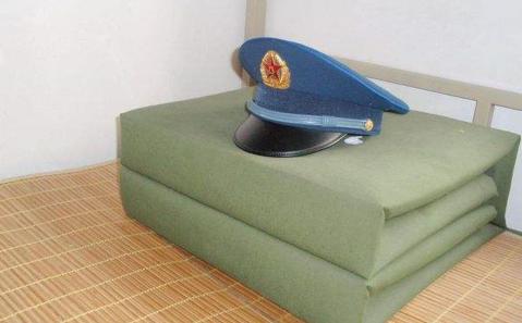 軍校生復課首先拯救豆腐塊