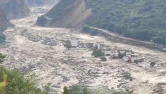四川丹巴发生泥石流,目前已形成堰塞湖!