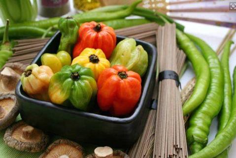 蔬菜尽量不生吃!日常生活中:健康要注意!
