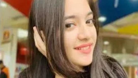 印度16岁女网红家中自尽