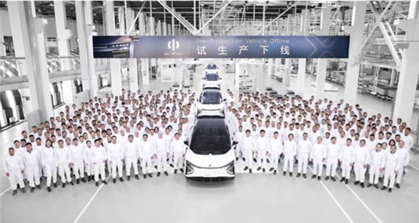 高合首款量产SUV试生产下线:全是屏幕