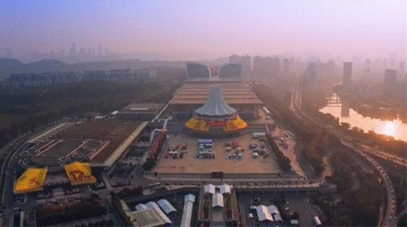 厦门大白亮相第17届东盟博览会,人气爆棚!