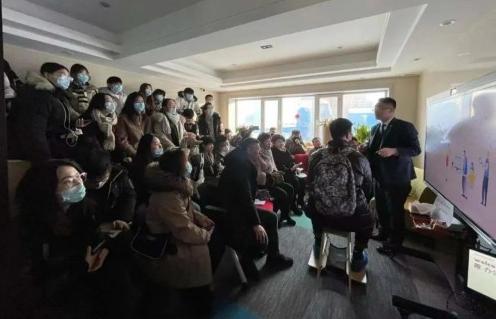 震旦家具首進哈爾濱師范大學開公開課