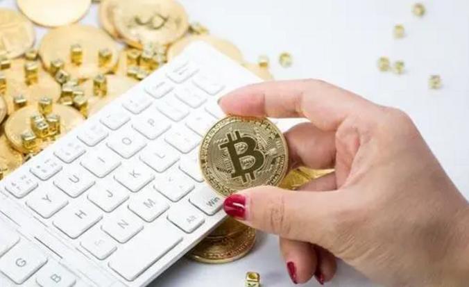 加密貨幣市總價值首次突破1萬億美元