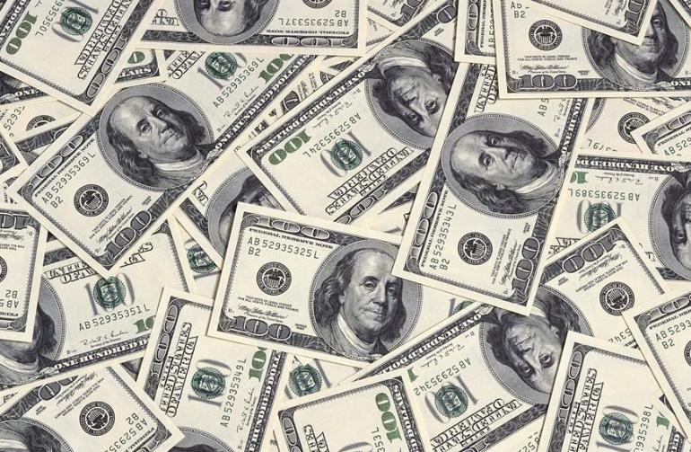 苹果公司授权900亿美元股票回购计划