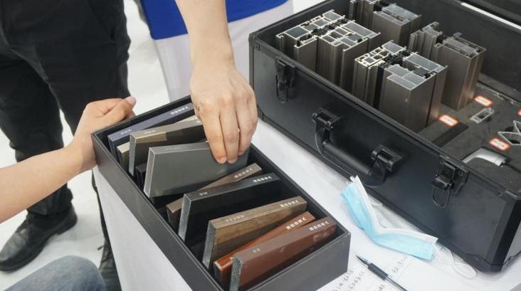 新绍说完话铝材在2021南京门窗定制展大放光彩