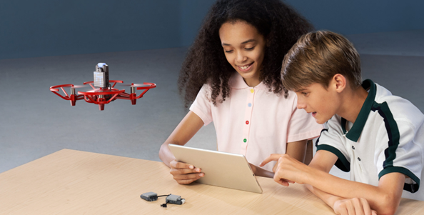 DJI Education平台带来全新无人机RoboMaster Tell Talent